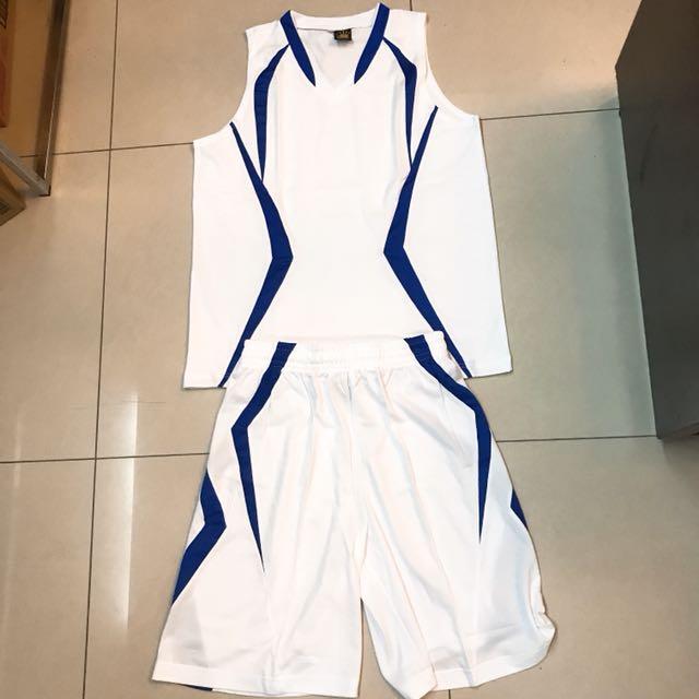 TEAMFIUE 排汗上衣+球褲(白)