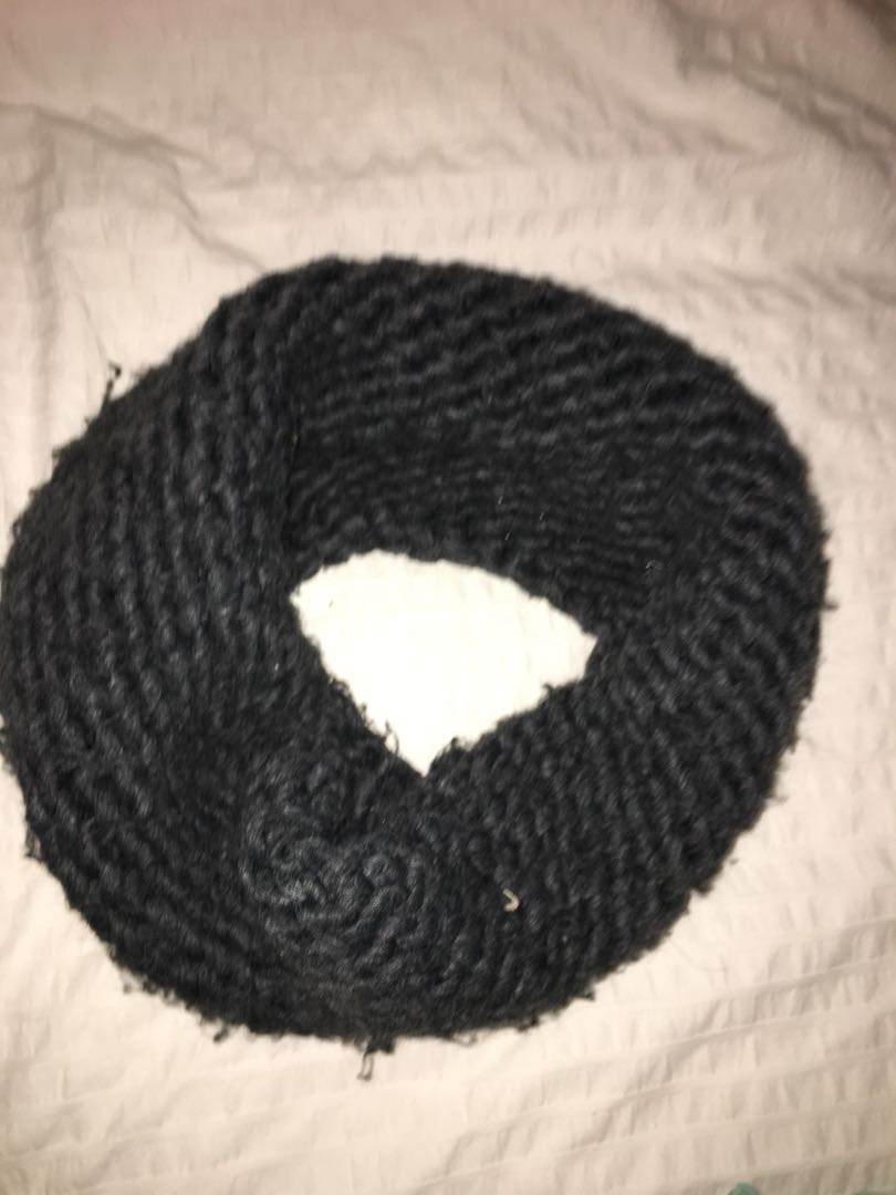Thick knit infinity scarf
