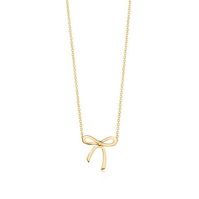 10231f375 Tiffany & Co. Authentic 18k Gold Bow Ribbon Necklace, Luxury, Accessories  on Carousell