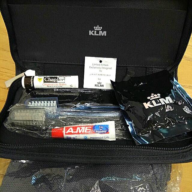Travel Kit KLM (ORI)
