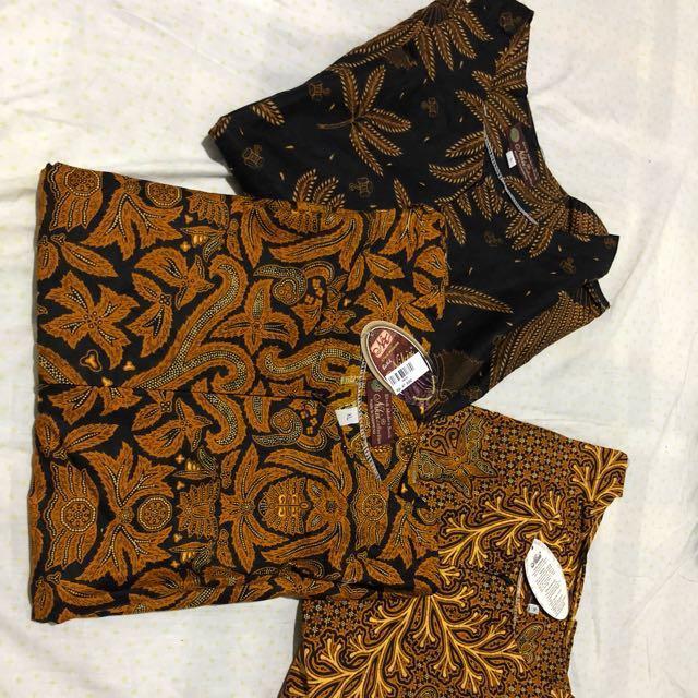 Vania batik blouse
