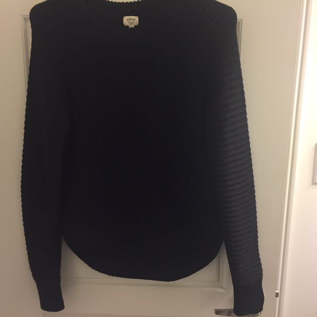 Wilfred XS sweater