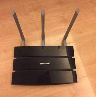 TP Link Router 300Mbps