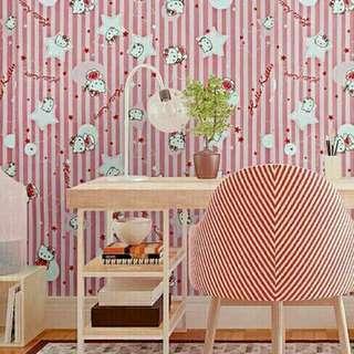 🎉Sedang Diskon Wallpaper Dinding motif hello kitty. Panjang Lebar 10M x 45cm Rp.70000. Diluaran masih diatas 100ribu loh