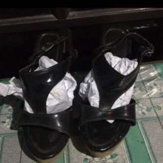 Supersale!! Only 35k size 39!!