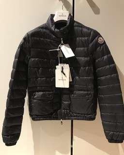 Moncler down jacket dark navy blue (Women Size 0 / Size 2)