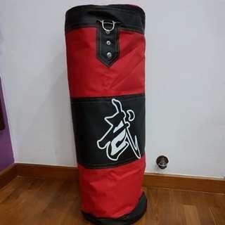 Punching bag (Empty)