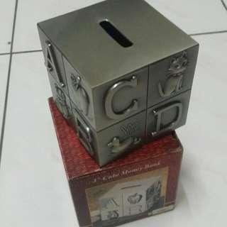 "3"" cube money bank"