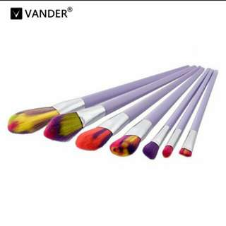 (Ready stock) 7pcs Colourful Soft Cosmetic Brushes