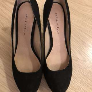 Lucia Stella black high heel