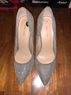 Glitter Pointy High Heels Champagne New Look
