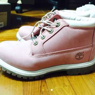 Timberland 粉紅色鞋 37.5