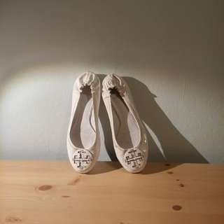 Tory burch White shoes