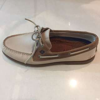 Sperry for him 💯% authentic