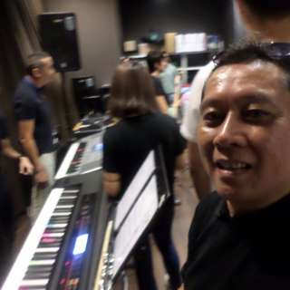 Solo Organist for events,functions,malls, hotels and parties