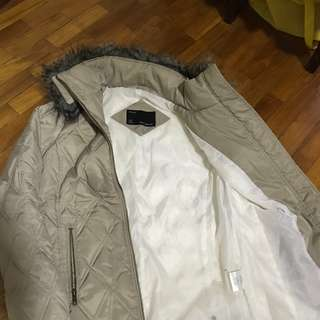 Down jacket for cold weather