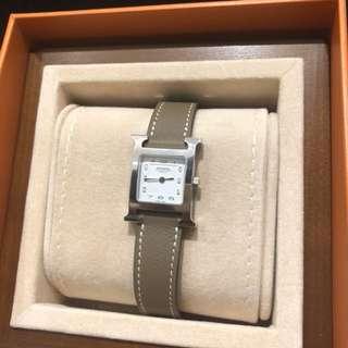 Hermes 大象灰色錶帶銀框 pm size女裝手錶