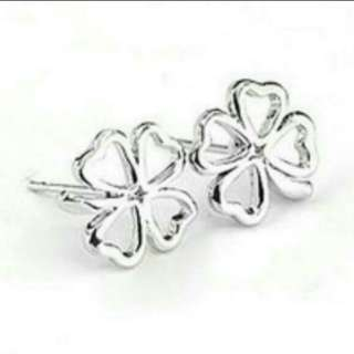 BN clover ear stud free postage