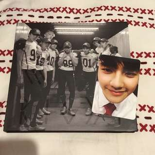 Exo 2nd album repackage 'Love me right' Chinese ver.