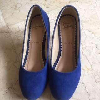 Daily shoes blue