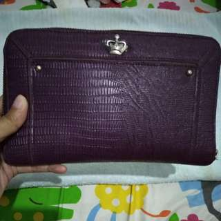Dompet clucth