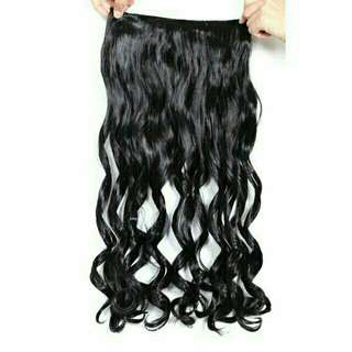 Curled hair extension