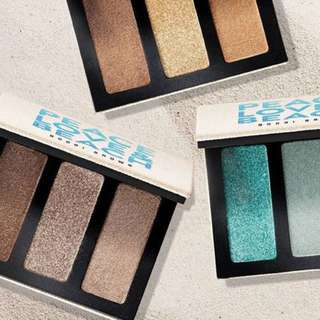 BN Bobbi Brown Eyeshadow Trio- In Love And Peace