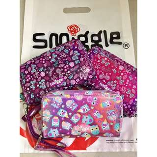 Authentic Smiggle zip media pouch