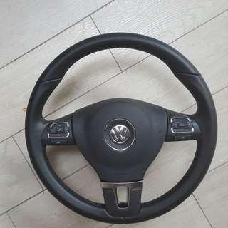 VW Tiguan steering Wheel with airbag