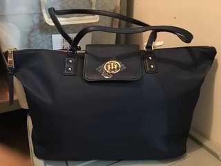 Tommy Hilfiger Shoulder Bag 🇺🇸👜😊