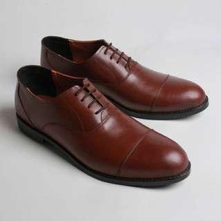 Sepatu Formal Pria Kulit Asli Boston Hormone Coklat