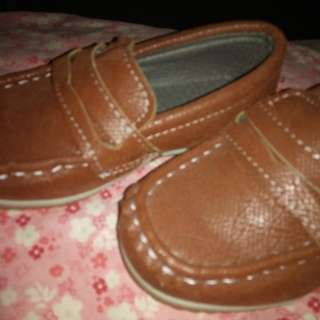 Pre-loved shoes for baby boy