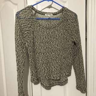 PRICEDROP ⬇️Crop sweater $5