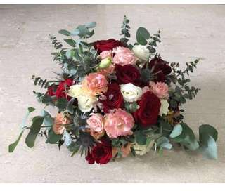 Bridal Package / Wedding Car Deco / Bridal Bouquet / Boutonniere in Roses Rustic Theme