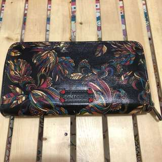 sakroots black printed wallet