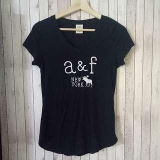🚚 現貨 Abercrombie and Fitch 童裝版本XL(女裝XS可穿) 短袖logo上衣