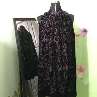 Dress ungu bahan timbul