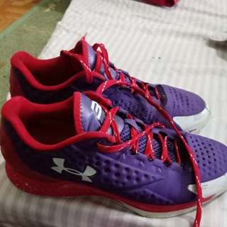 Curry low purple red size 8