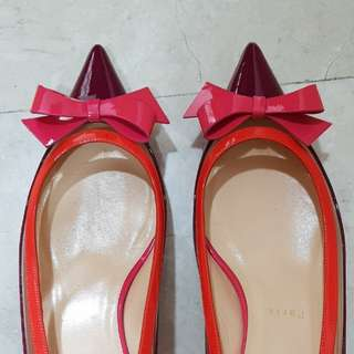 LOUBOUTIN HEELS. 40.5... Small cutting