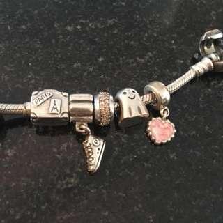 Pandora Charms / bracelet
