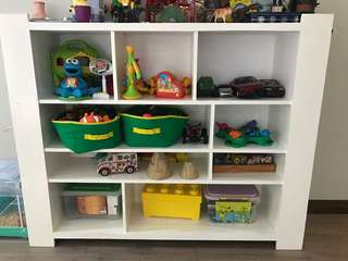 Book/toy cabinet for kids room