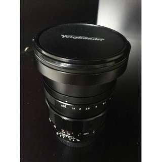 Voigtlander 17.5mm f/0.95 + Voigtlander 25mm f/0.95 MK1