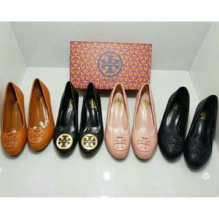 Sepatu tori