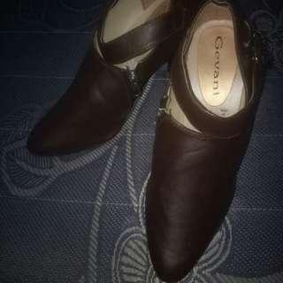 Boots heels size 37 tinggi 7cm