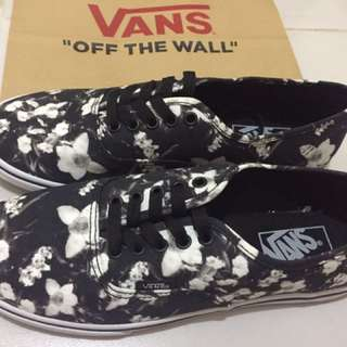 Vans Original for Women Brandnew