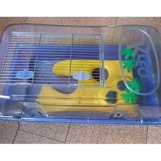 Kleo box turtle enclosure / tank