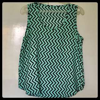 Top/Blouse 12: Pattern Black&Green Sleeveless
