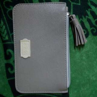 EGG Pouch - Gray Faux Leather
