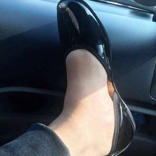 black scalloped shoes