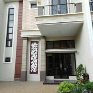 Rumah 2 Lantai di Kranggan Cibubur Cashback Ratusan Juta